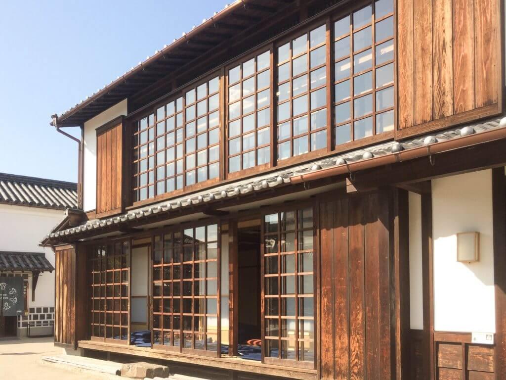 会場の倉敷物語館